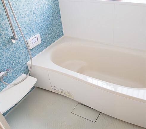 お風呂も清潔感あふれるリフォーム